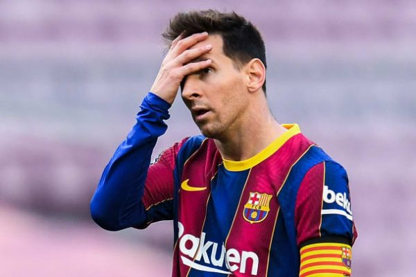 Romano reveals PSG have contacted Messi.